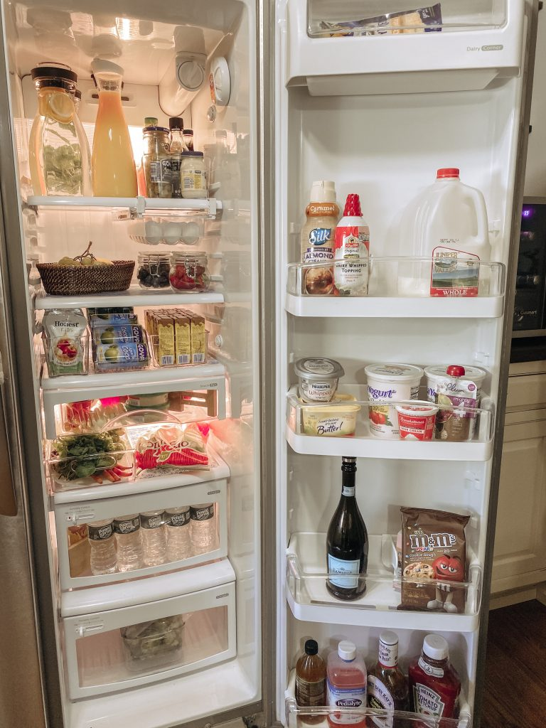 complete organized refrigerator